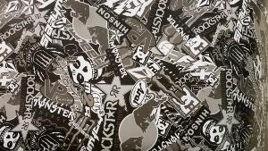 Sticker Bomb Redbull Black Edition 5m x 1.52m